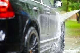 auto-wassen-op-straat